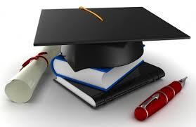 graduatation hat book pen