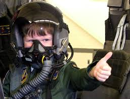 pilot kid thumbs up.jpg